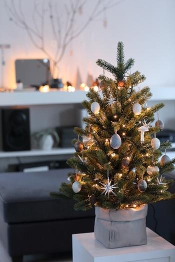 年末に向けて、わくわく感が高まっていくクリスマスシーズン。家族といっしょにおうちでゆっくり過ごしたいものですね。おしゃれインテリアブロガーさんのアイデアを参考に、お気に入りのインテリアでとっておきの時間を楽しんでみませんか?