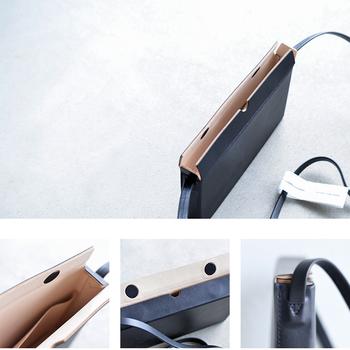 お財布・携帯電話、必要最小限の荷物だけを入れて身軽にお出掛け。シンプルなデザインだから、どんな装いにも合い、シーンを選ばずご使用頂けます。