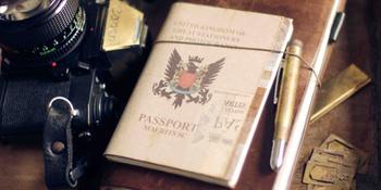 パスポートの申請や更新には時間がかかるので、期限が切れていないかなど、余裕を持って確認しておきましょう。国によっては、ビザが必要な場合があるので、確認しておきましょう。
