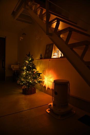 街のイルミネーションが華やかに彩られていくと、お部屋のデコレーションもちょっぴりクリスマスを意識したくなりますね。