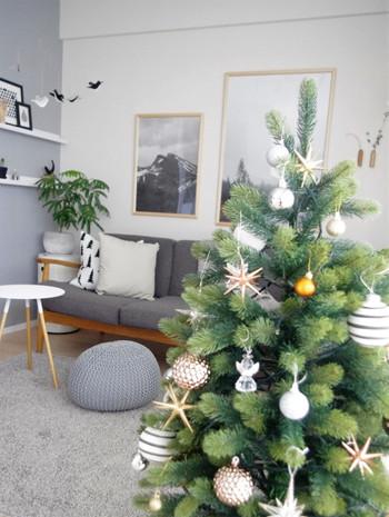 ご紹介したデコレーションを参考に、みなさんも今年は「ミニマル」でお洒落なクリスマスの演出に挑戦してみてはいかがでしょうか。