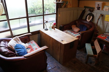 少し敬遠していた和室のアレンジも、古民家カフェをお手本にしてみるとぬくもりあふれる素敵な空間が作れるかも♪  まずは古民家カフェにならって、いろいろなアイデアを取り入れてみませんか?  さっそく、アイデアをチェックしてみましょう!   【画像は、広島県・尾道市の「56cafe/bar」】