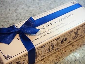 ドイツの美味しいこだわりクーヘン、ホレンディッシェ・カカオシュトゥーベ。 自分へのごほうびに、人への贈り物に、どちらにでもおすすめです。