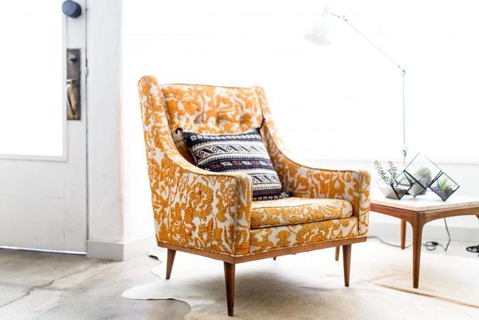 ソファや椅子の上に沢山プレゼントを置くのも素敵なはず!