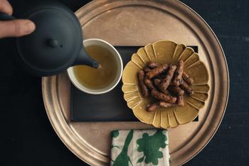 季節が変わり、暑さが一段落すると温かい飲み物が恋しくなりますよね。秋を感じさせる肌寒い日には、お気に入りのティーポットを出して、ゆったりとお茶の時間を楽しみませんか?