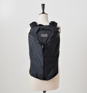 アメリカ・モンタナ州で2000年に設立されたバッグメーカー『MYSTERY RANCH(ミステリーランチ)』。シンプルで機能的、完璧なフィッティングのミステリーランチのバックパックは、なんと米国軍に納入される程の高クオリティーなんです。