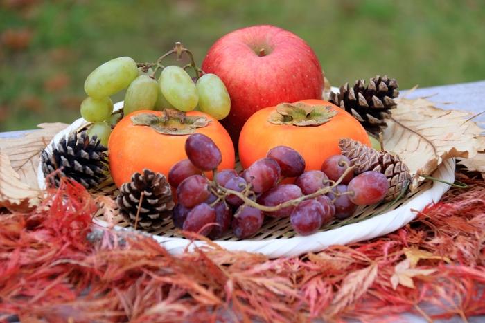秋冬の果物が美味しい季節になってきましたね。今回は、生で味わうのとはまた違った、旬の果物を贅沢に使った手作りスイーツ料理をご紹介します。