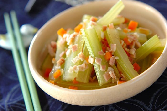 簡単なのに本格派。お野菜がたっぷり食べられる、和食の定番「煮びたし」レシピ