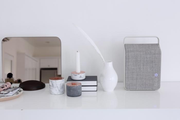 スマートフォン、タブレット、パソコンの音楽を、いい音でお部屋で流したいなと思ったことはありませんか?そんなときは、無線で接続、再生できるBluetooth(ブルートゥース)接続のスピーカーがとっても便利です!