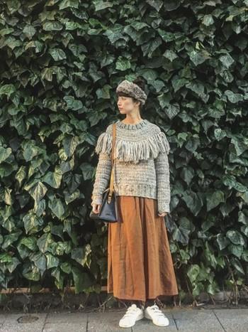 秋冬のお洋服に合わせると、一気に個性的な雰囲気が出るヘア小物アイテムです。