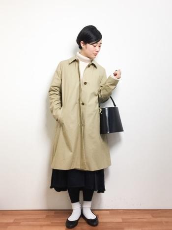 大人っぽいトレンチコートスタイルにも◎ きちんと感のあるバッグを合わせるとカジュアルになりすぎません。