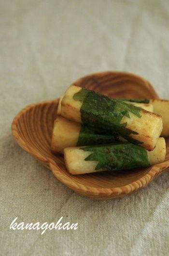 長芋を大葉で巻いた、ヘルシーなおつまみレシピ。長芋のほくほくとした食感としその風味で、和食材ならではの味を楽しめます。ぜひ柚子胡椒を添えて召し上がれ。