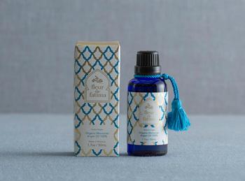 ■フルールドファティマ アルガンオイル  「奇跡のオイル」とも呼ばれるモロッコ産のアルガンオイル。ボディオイルは体が濡れたまま使用できるので入浴後にもおすすめのアイテム。一緒にヘアにつけると髪までしっとりしますよ♪