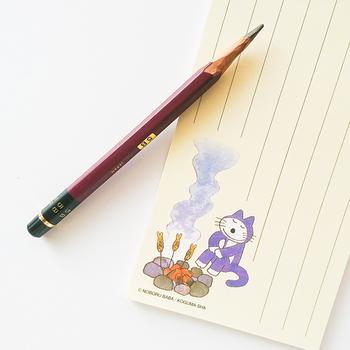 作者の馬場のぼる先生の地元青森では、11ぴきのねこは、移動図書館車のラッピングにも使われていたり、美術館でグッズが販売されていたりと身近な絵本キャラクターとして親しまれています。