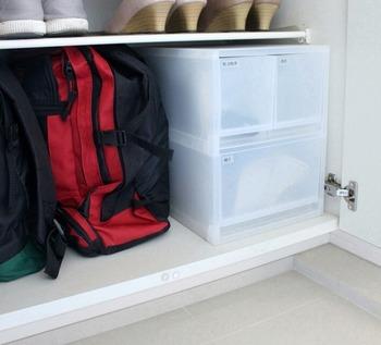 おすすめは、玄関先。 靴箱が設置されている場合は、靴箱のスペースをうまく使ってみてください。