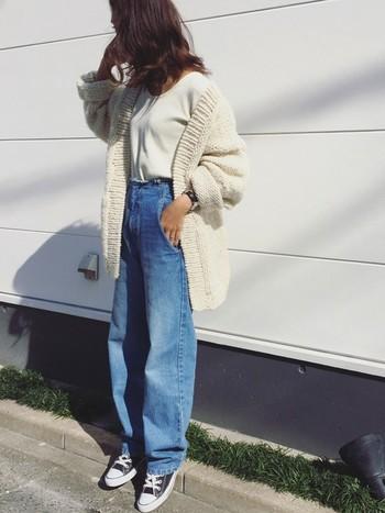 デニムなどのカジュアルな着こなしにもぴったりのアイテムです◎ほっこりと冬らしく、可愛らしさが加わりますね。