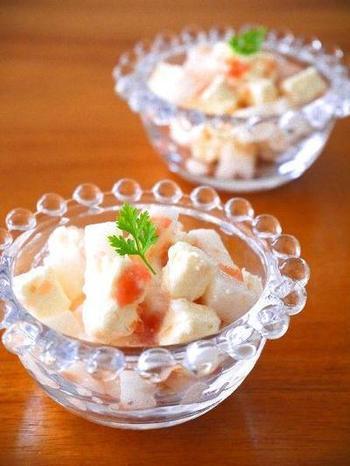 長芋に梅干し、白だしといった定番の和食材に、クリームチーズを併せて。切って混ぜるだけなの火を使わないレシピは、ぜひいくつか覚えておきたいですね♪
