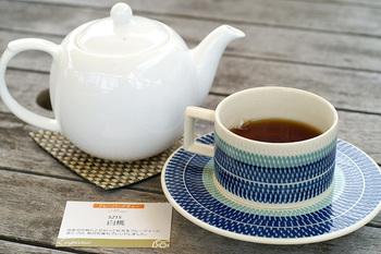 当然ながらお茶はたくさんの種類が。『ルピシア』ならではのフレーバーティーもおすすめです。