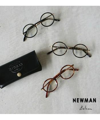 真ん丸なフォルムで優しそうで柔らかな印象になるのが「ラウンド型」です。 すべての輪郭の方が楽しめるオシャレメガネです。