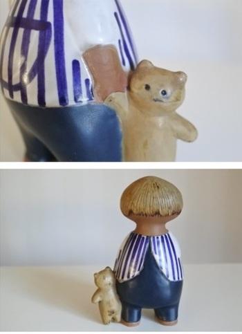 指しゃぶりしながらクマのぬいぐるみをひきずるどこか所在なげな幼児はマリン/Malinという名前。陶器なのにくたっと柔らかな質感は、抱きしめたくなるかわいさ。