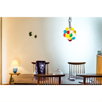 こちらは小さめサイズの「Very sweet」。 愛らしい佇まいからは「とても愛おしい家のシンボルとなるように」というイイノさんの想いが伝わります。食卓に「しあわせの象徴」としていかがでしょう。  very sweet / ¥300.000(+tax)