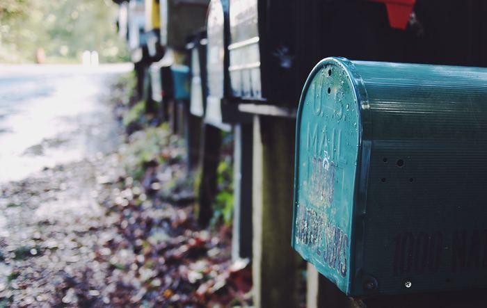 手紙の終わりには、結びのあいさつとして相手の繁栄や幸せを祈る言葉、次につなげる言葉を書きます。最後まで相手を気遣う気持ちが好印象を与え、その後の関係を良好に保ちますので、ぜひ使いましょう。