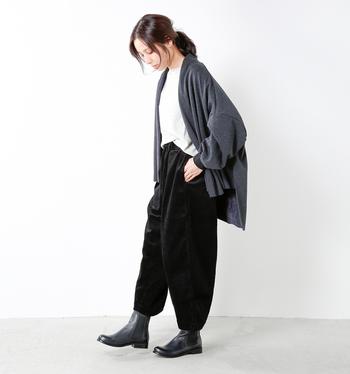もうそろそろ本格的なブーツの季節。秋冬ファッションにコーディネートする1足を手に入れたいですね。どんなお洋服にでも合わせやすいベーシックなものを選ぶのも賢い選択ですし、ちょっと特徴のあるブーツで個性を演出するのも素敵。ぜひ、お気に入りを見つけてくださいね。