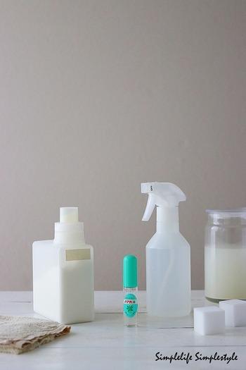 とぎ汁に精油を少し垂らしても◎♪おっくうな床掃除が素敵なアロマタイムになるかも?
