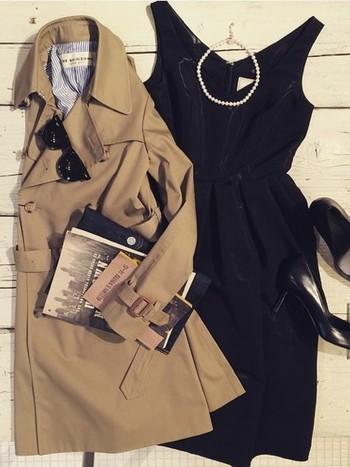 リトルブラックドレスとはその名の通りブラックのシンプルなドレスのこと。小物やアクセサリーを足しての華やかなパーティーシーンからジャケットを羽織ってのビジネスシーンまで、様々な着こなしを楽しめるファッションアイテムです。