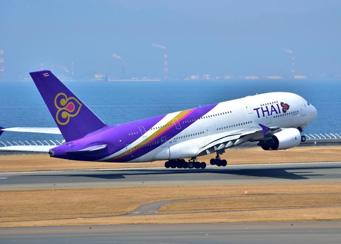 羽田や成田からタイへは約7時間の直行便で行くことができます♪長時間のフライトが苦手なら、LCCなどで台湾乗り換えの便を探すのもおすすめ。時差は日本より2時間遅れで、大きな影響を受けなくて済みそうです。