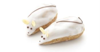 子供たちも大喜びの、子ねずみ型のシュークリーム「スウリー」。サクサクしたシューが香ばしく、中にはぽってりとしたカスタードクリームが。