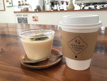 こちらのコーヒーは注文を受けてから1杯ずつドリップして淹れてくれます。こだわりのコーヒーは愛情もたっぷり。店員さんのコーヒーに関する知識も素晴らしいですよ。