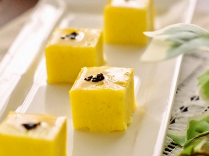 こちらのレシピはオーブンを使わずに、電子レンジで作ることができるスイートポテトです。材料も少なく時間もかからずに、サツマイモ本来のしっとりとした甘みが味わえるのでぜひ作ってみて。