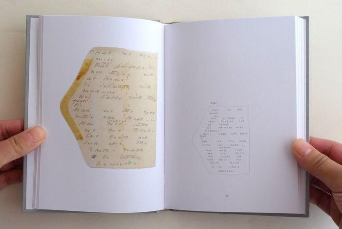 封筒の断片たちがまるでアートピースのように並べられた一冊。視覚的にも想像力を掻き立てられる美しい言葉をじっくり味わって。