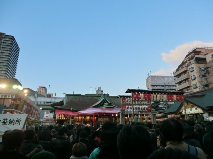 大阪市浪速区に鎮座する今宮戎神社は600年に創建された神社で、天照皇大神、事代主命、素盞鳴命、月読尊、稚日女尊を主祭神として祀っています。