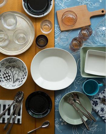 お気に入りのプレートやカップを使えば、食事がさらに美味しく楽しく感じられますよね。お料理そのものだけではなく、雰囲気も食事の大事な要素です。