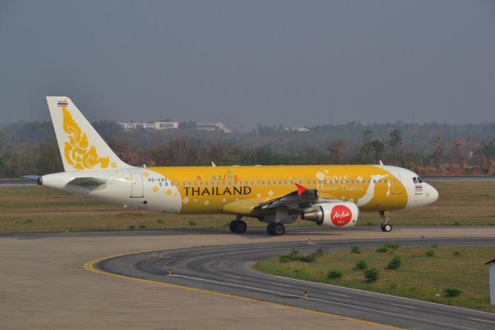 一番のおすすめは飛行機です。バンコクからチェンマイまで1時間15分程度、他の交通手段と比べると価格帯がやや上がりますが、安定感や日本から手配できる利便性を考えてもおすすめです。  *写真はイメージです
