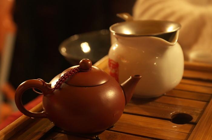 台湾かき氷やスイーツがブームになり、何かと注目されるようになった台湾。東京ではここ数年「台湾茶」のお店も増えているそう。炒って作られる台湾茶は日本のものよりも香りが良く、ストレートで飲むのはもちろん、タピオカやミルクなど様々なものと合わせて飲んでもおいしいですよ。