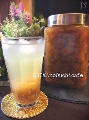 風邪をひきがちな季節は、手作り生姜シロップで早めにケアしてあげましょう。紅茶や温めた牛乳に入れたり、生姜焼きや煮込み料理の調味料としても使えます。