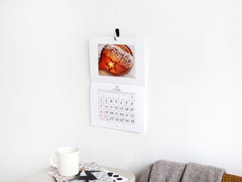 センスのいい雑貨や美味しそうな食べ物など、月替わりで楽しめるので飽きることなく1年間楽しめそうなカレンダーです。
