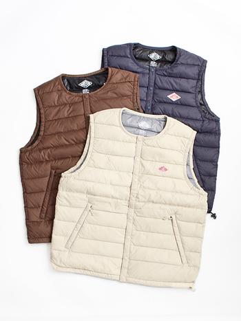 いかがでしたか?本格的なアウターを着るまでの間は、体温調節も出来て季節感もプラスしてくれる『ベスト』がおすすめです。ベストを使った秋冬のレイヤードスタイルをぜひ楽しんでみて下さいね!