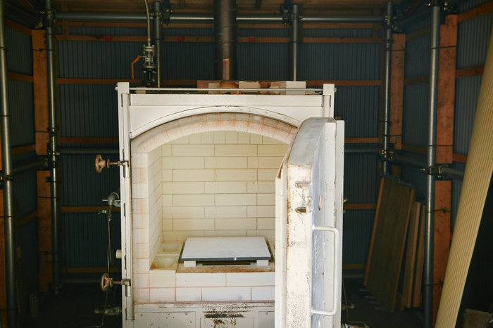 At Home Worksの窯のひとつ。「火の神様のようなもの」が宿る場所です