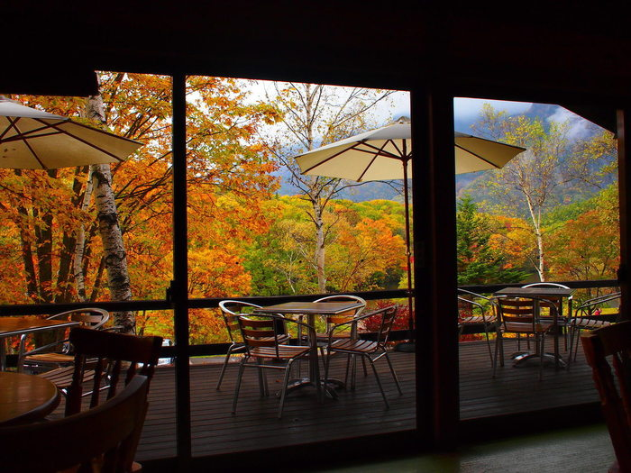 紅葉の見ごろは10月半ばから下旬にかけて。