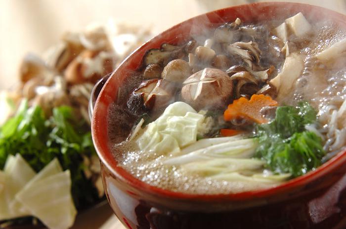 日に日に深まる秋は、鍋が美味しくなる季節。こだわりの土鍋を使って、あったかお鍋はいかがでしょう?