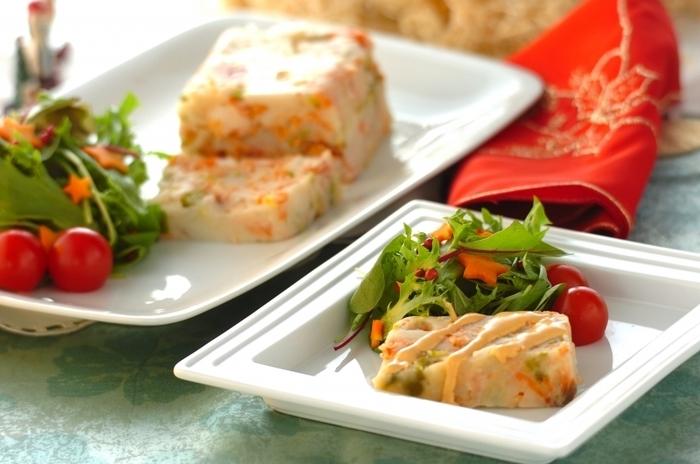 野菜と一緒に盛り付ければ、彩り豊かな食卓に♪ クリスマスなどのパーティーにも最適なレシピです。