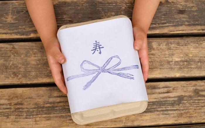他にも、野菜セットや加工品についている「熨斗」は和紙と和紙を使ったマスキングテープを使用してラッピングしています。