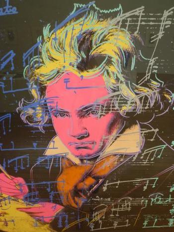 ベートーベンもこんなポップに斬新なアート作品に!音楽ファンでなくとも、感性が刺激されそうですね。