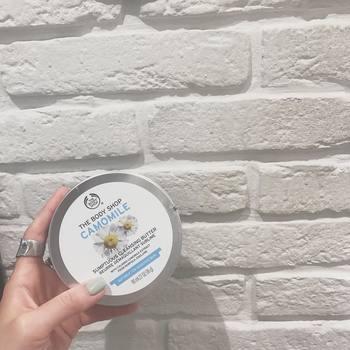 ミルクタイプよりこってりとしたテクスチャーのクリームクレンジングは、油分が多いのでお肌がしっとりと洗いあがります。油分が多いため、ダブル洗顔ですっきりと洗い流すのがおすすめですよ。油分を取りすぎないので、乾燥肌の人にもおすすめのクレンジング剤です。