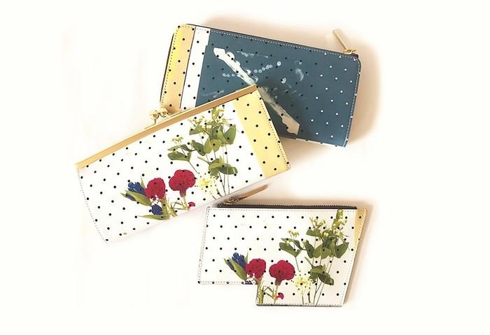 上から、Lファスナー長財布、がま口長財布、マルチカードケース。