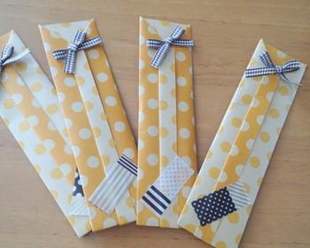 可愛い水玉模様箸袋に、リボンやマステなどで飾り付けするのもおすすめです。